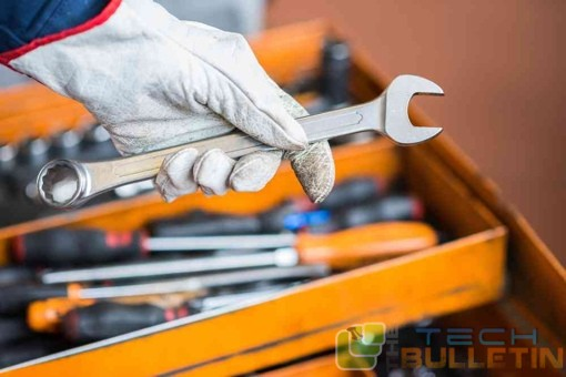 service-professional-tool-box-wrench-shutterstock-510px